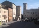 Urban trekking among tales and legends in Medieval Italy